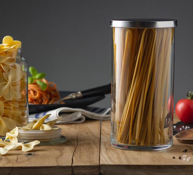 Szklane pojemniki są bardziej ekologiczne od plastikowych